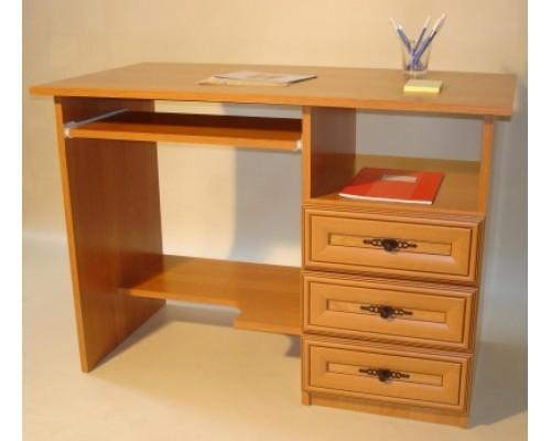 110x60-as számítógépasztal (antikolt)